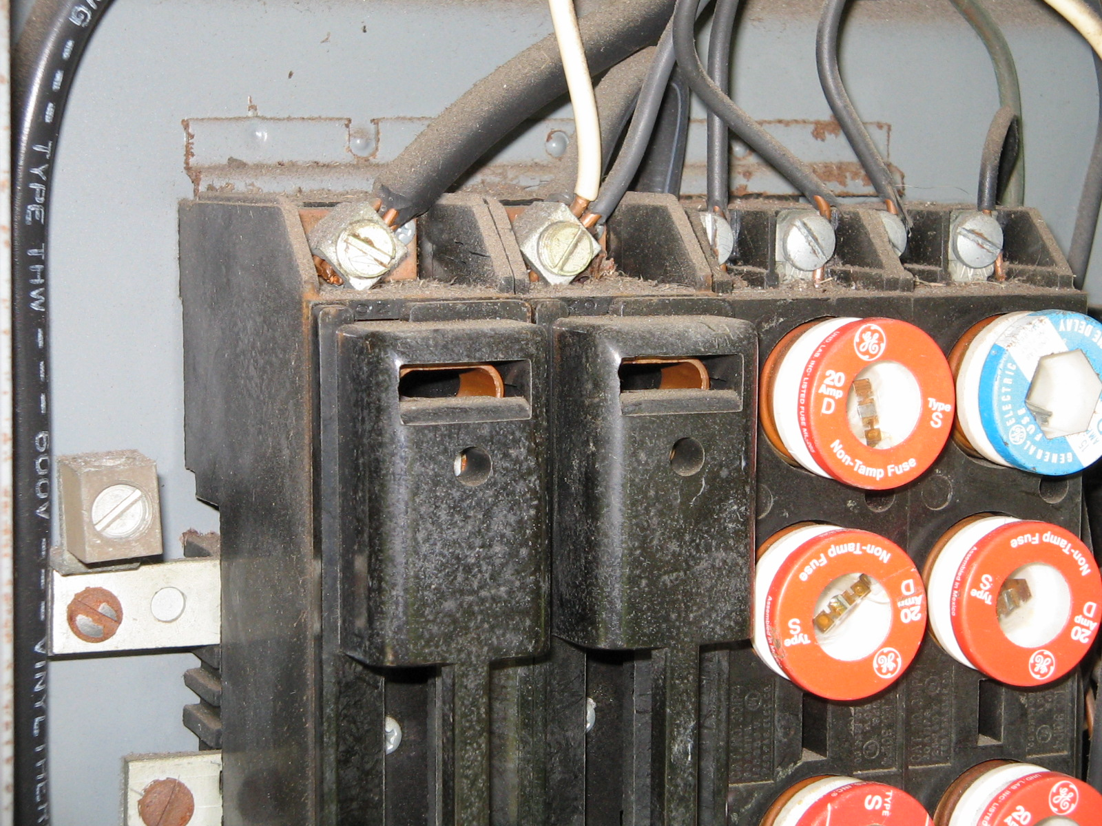 pic of fuses