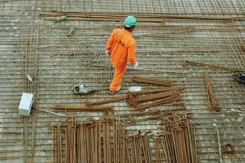 pic of a man building something