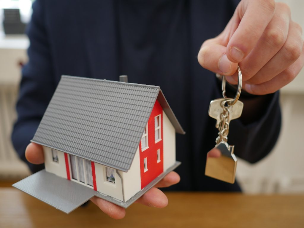 buying a new home with the help of a professional home inspector