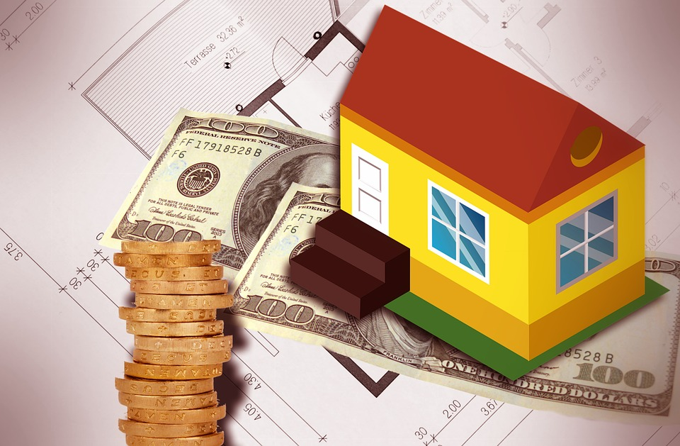 client paying for their home inspection