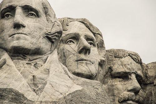 pic of Mt Rushmore