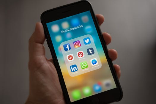 a home inspector using social media to market to his clients
